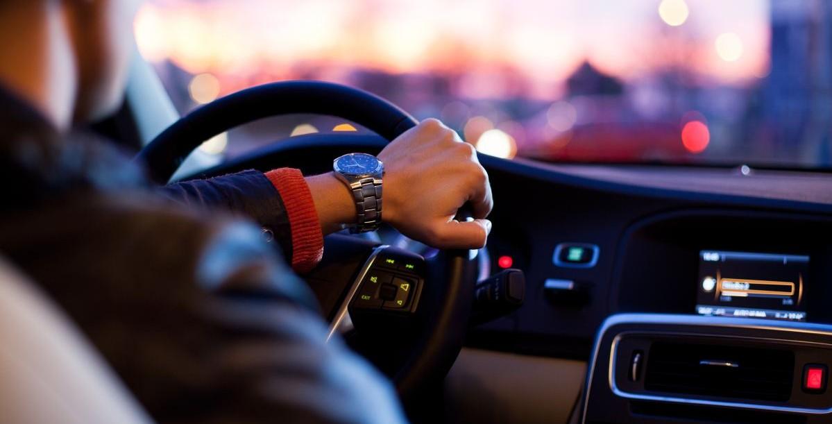 Consejos de conducción defensiva: Datos de los cinturones de seguridad