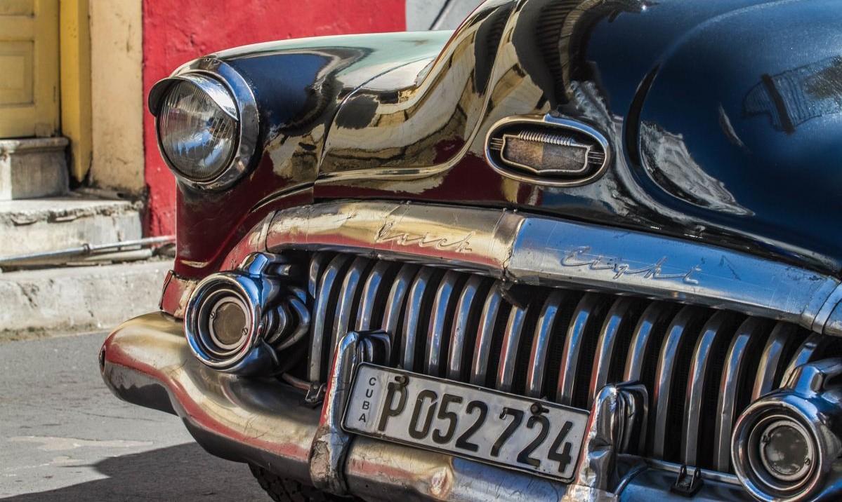 ¿Dónde y cómo encontrar piezas para carros clásicos?