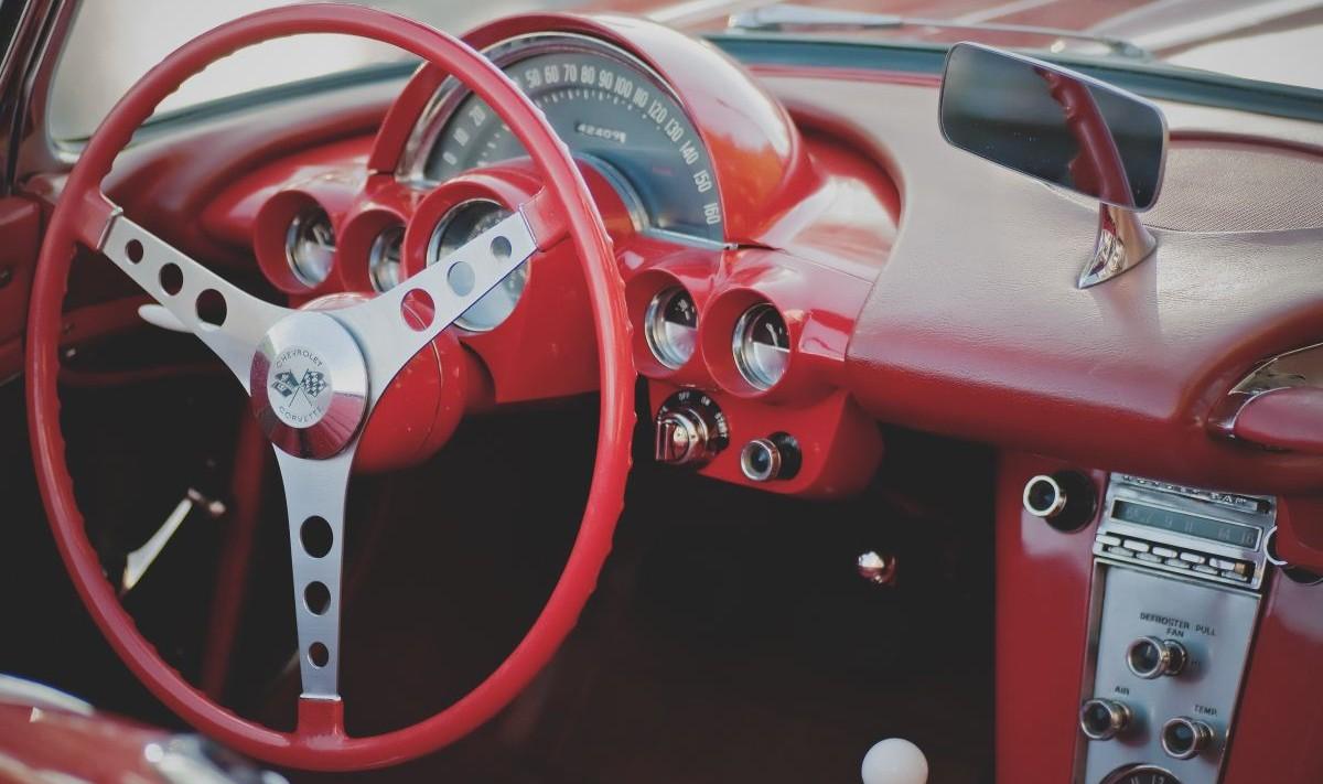 Cinco maneras prácticas para inspeccionar un carro usado